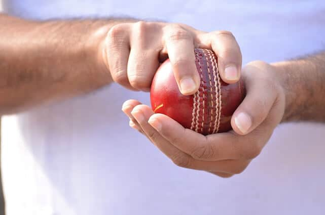 learn how to be a good fast bowler